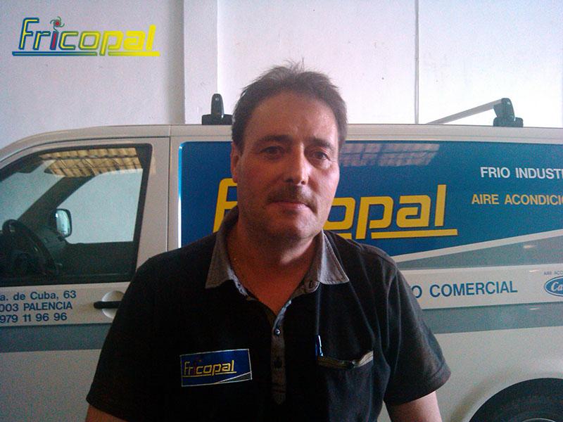 Luis, un técnico a tu servicio